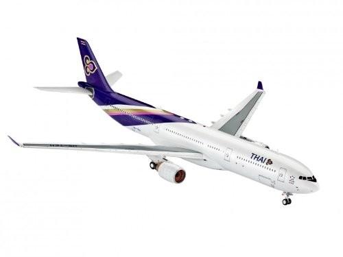 04870 Revell Airbus A330-300 THAI Airways